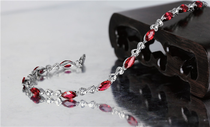 中国珠宝市场发展的特点
